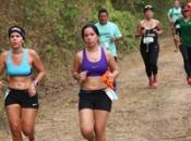 800 CORRIERON EN LA PRIMERA ASICS TRAIL EN PANAMA PACIFICO